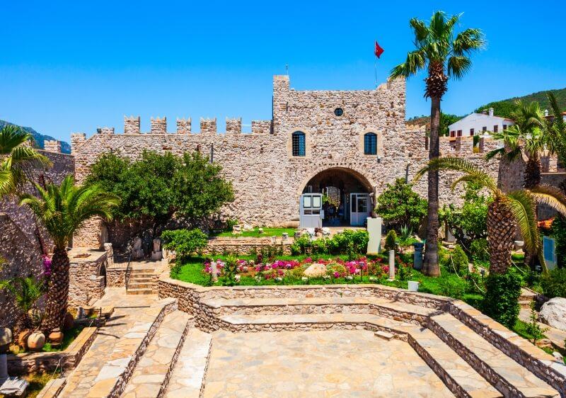 Фото старой крепости в Мармарисе