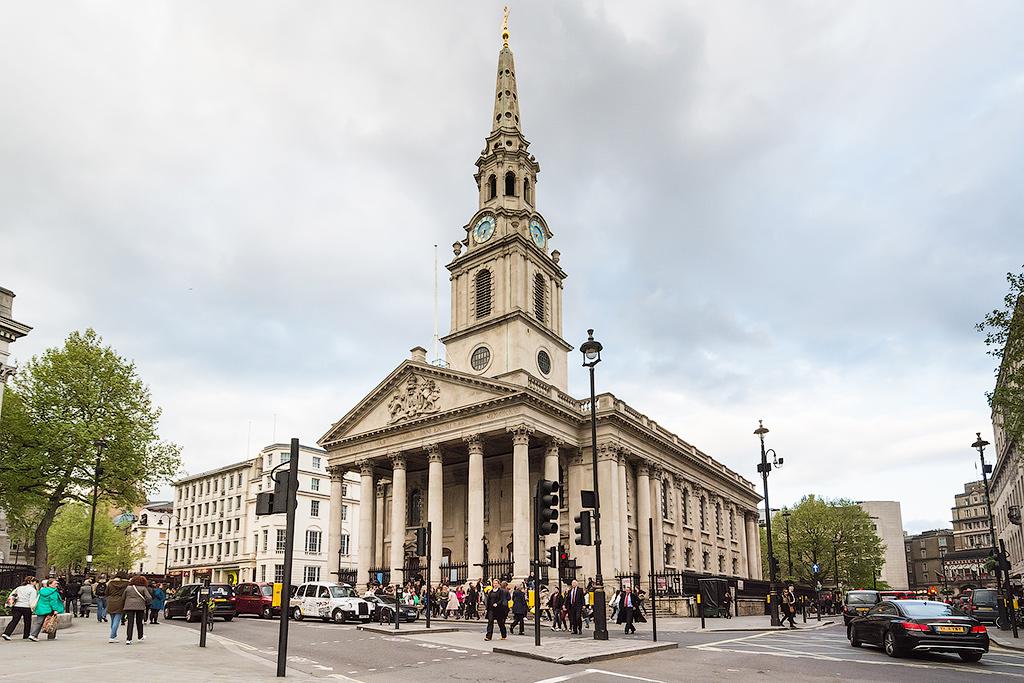 Церковь святого Мартина в Лондоне площадь